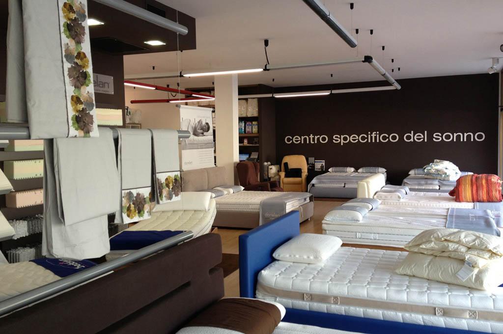 Negozio Materassi.Showroom Letti E Materassi A Pordenone Centro Specifico Del Sonno